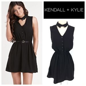 Kendall Kylie Black Collared Sleeveless Dress